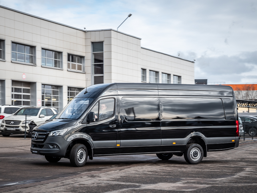 Mercedes-Benz Sprinter W907